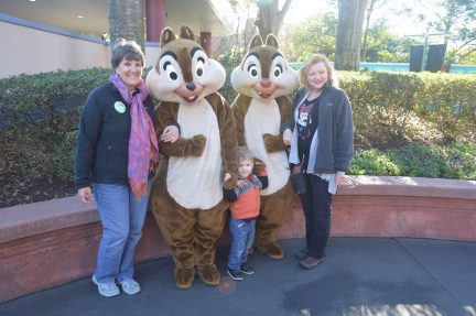 moms-and-chip-and-dale
